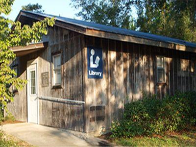 Shelton Public Library